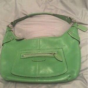 COACH Kelly green leather medium purse gently used